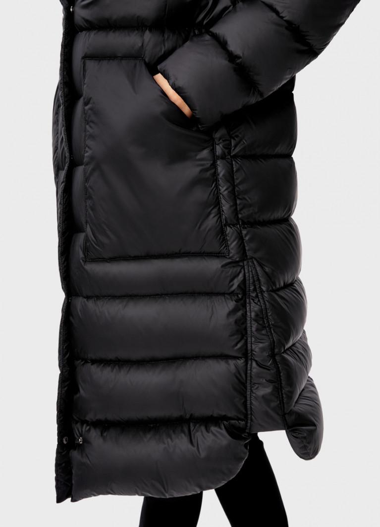 Ультралёгкое пальто с капюшоном