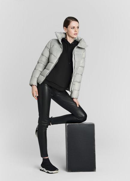 Куртка на натуральном пуху с воротником-стойкой