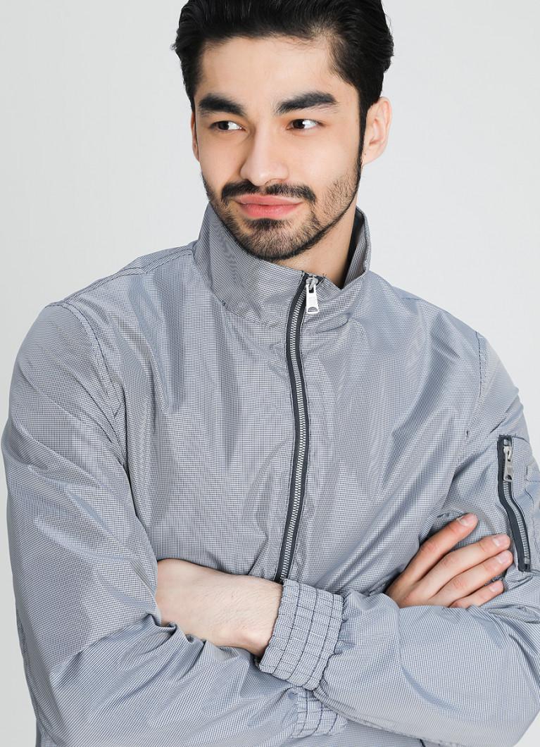Куртка O'Stin Куртка-бомбер в клетку