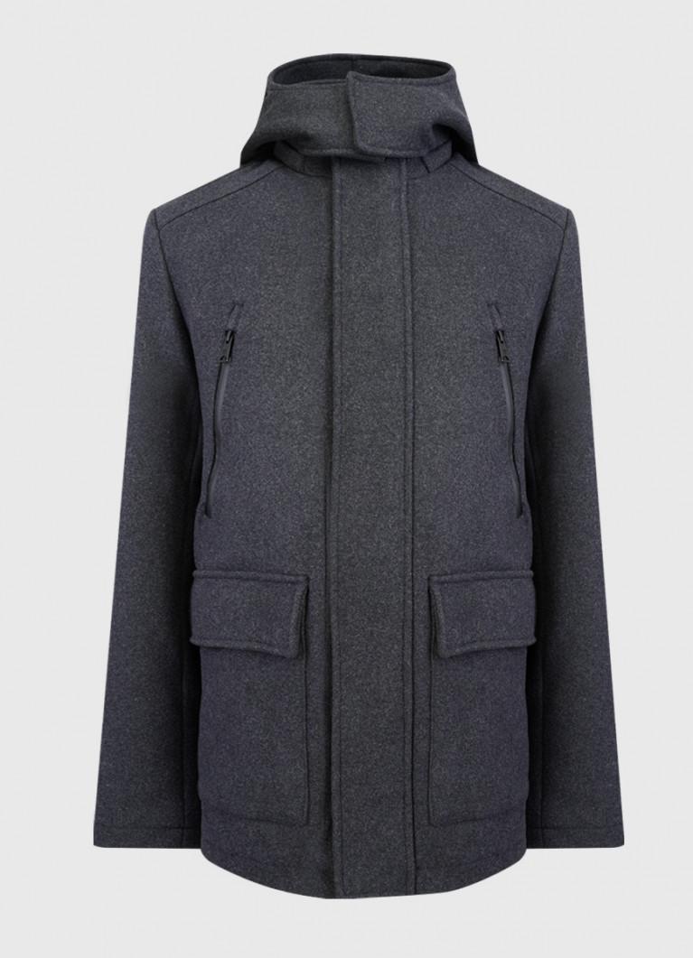 Утеплённое пальто с капюшоном