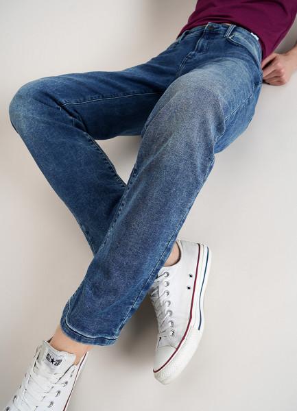 Прямые джинсы из мягкого денима