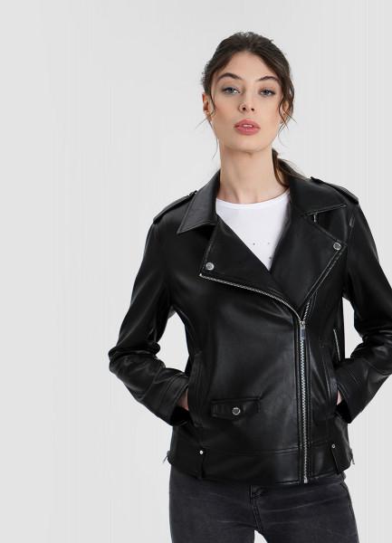 Байкерская куртка из эко-кожи