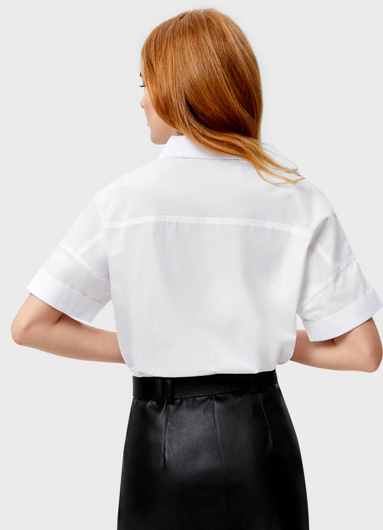 Укороченная рубашка с декоративной тесьмой