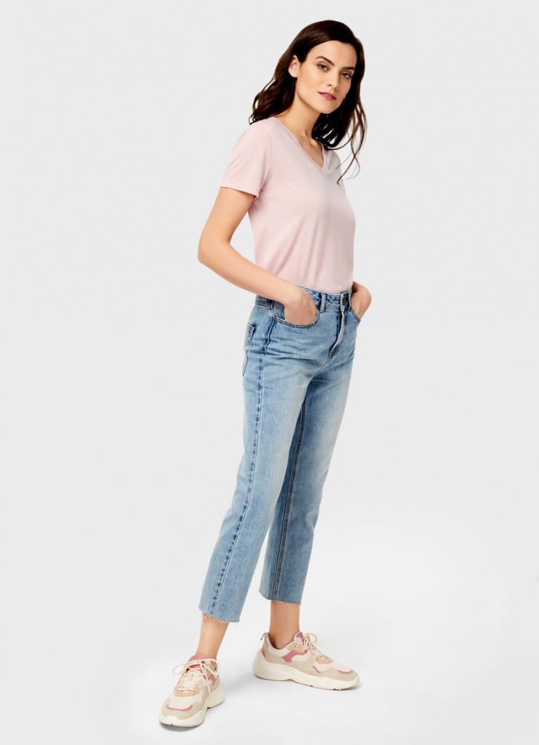 Укороченные прямые джинсы