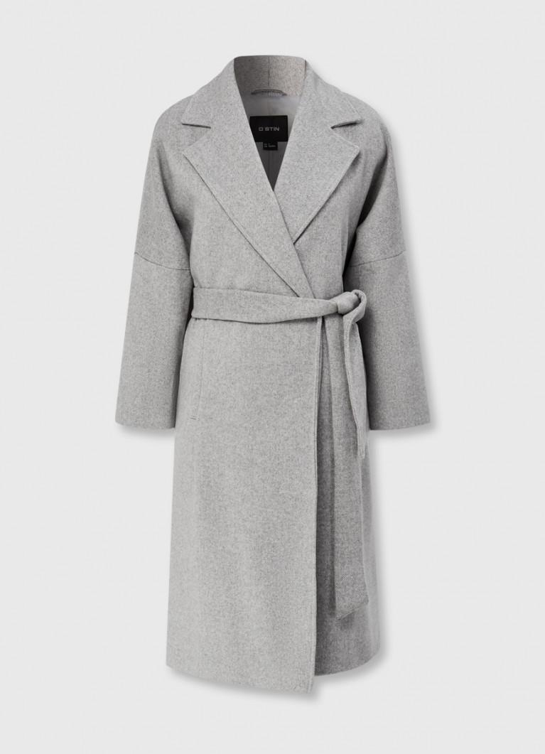 Пальто на запах с поясом
