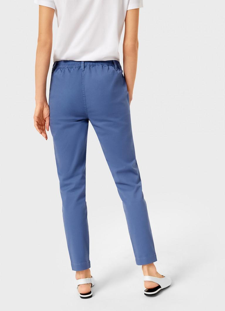 Свободные брюки на резинке