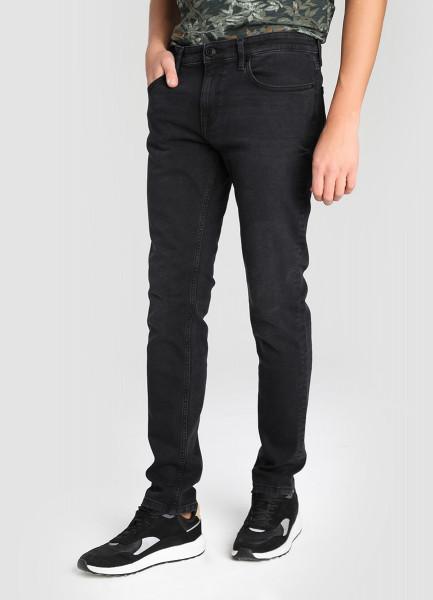 Чёрные зауженные джинсы фото
