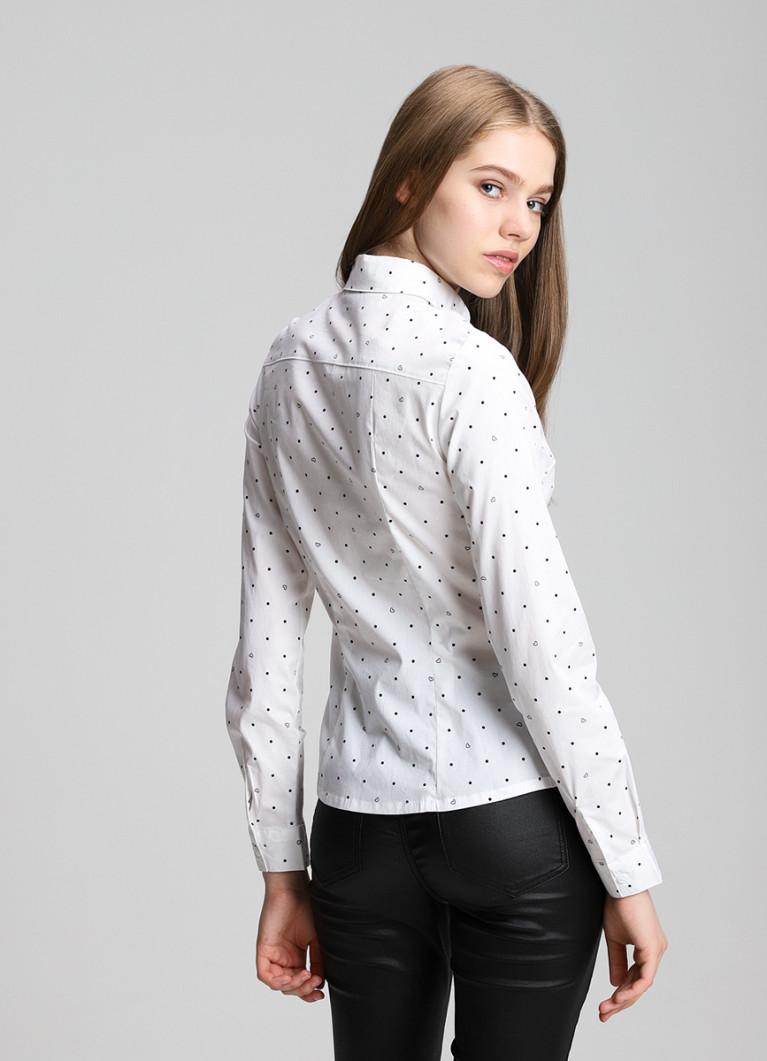 Рубашка приталенного силуэта
