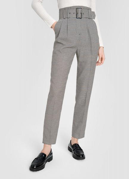 Зауженные брюки в «гусиную лапку» с поясом