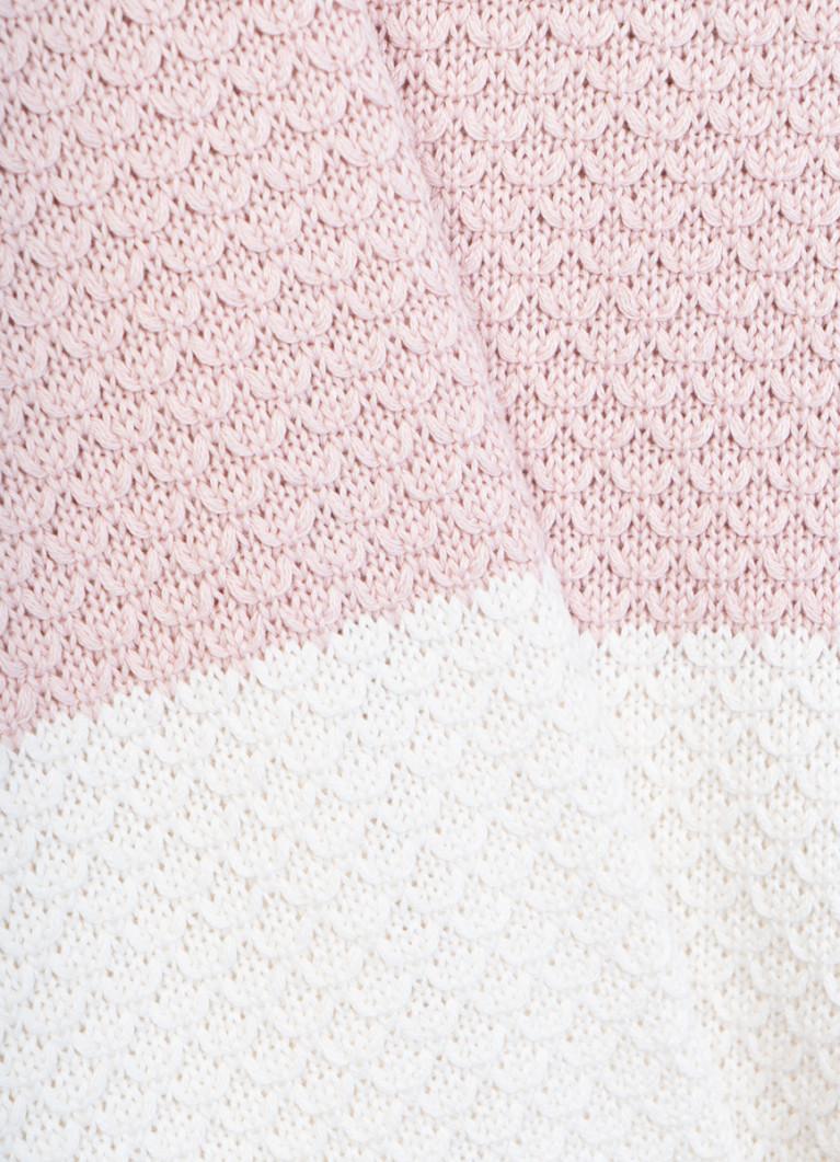 Джемпер структурной вязки с цветовыми блоками