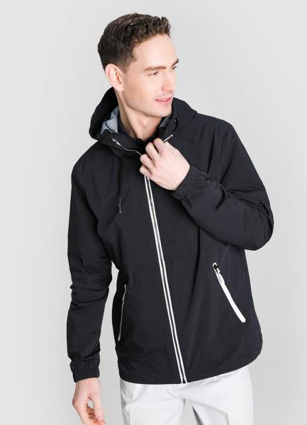 Куртка с капюшоном и контрастной фурнитурой
