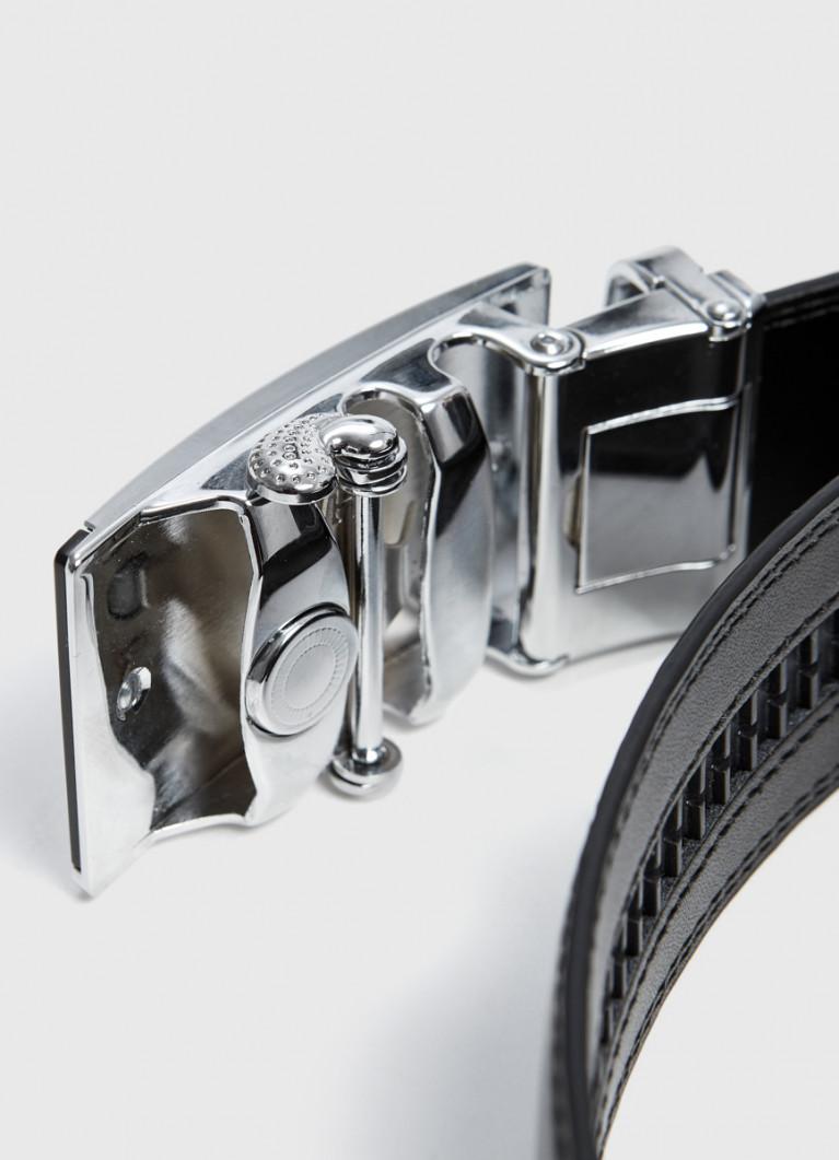 Ремень с автоматической пряжкой
