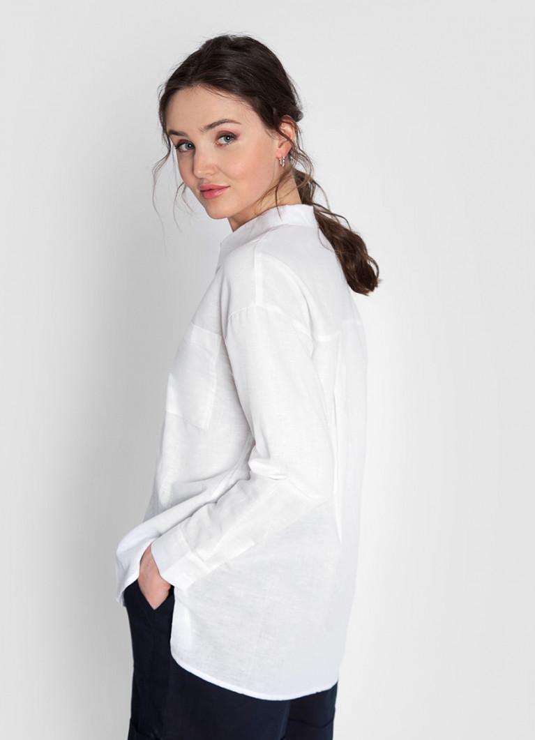 Рубашка изо льна с накладными карманами