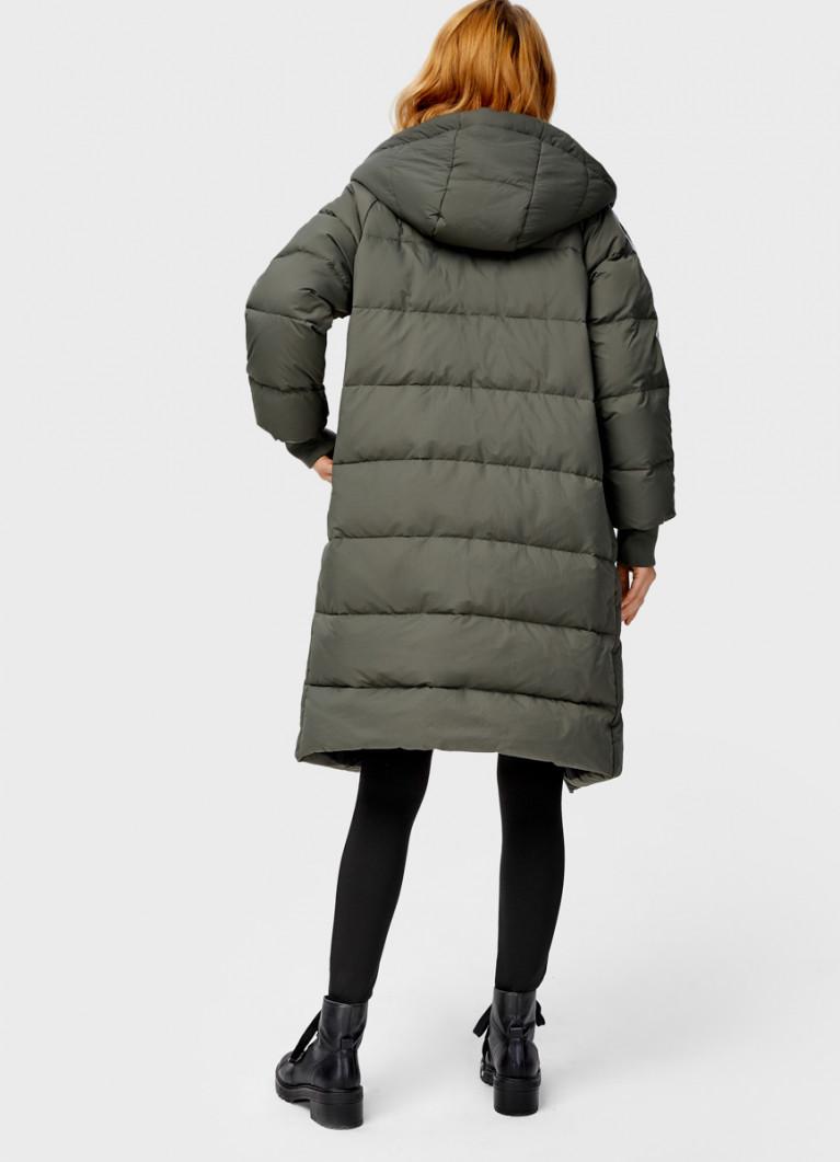 Пуховое пальто с лампасами