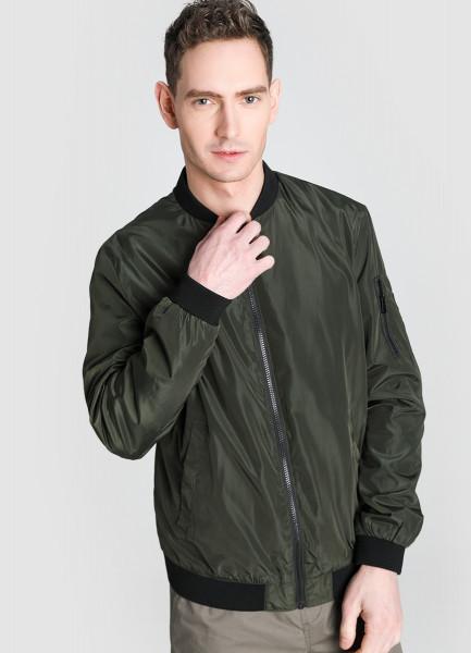 Куртка-бомбер с воротником-гольф фото