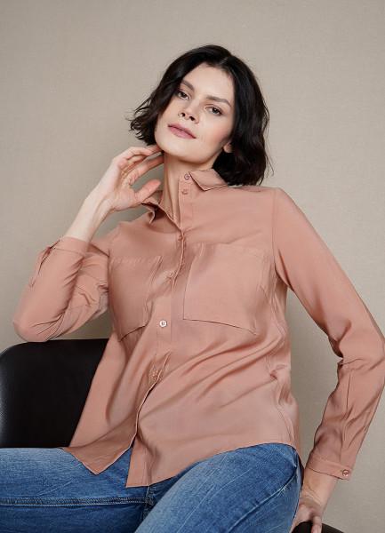 Блузка из тенселя с накладными карманами
