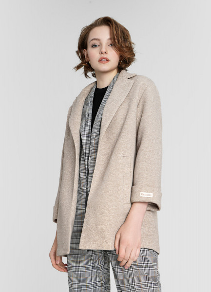 Короткое пальто-блейзер