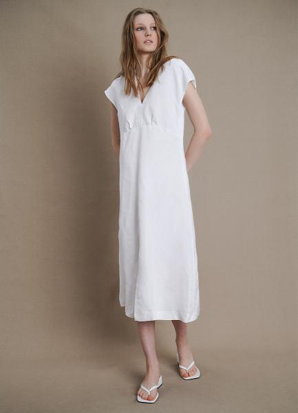 Платье изо льна с V-вырезом