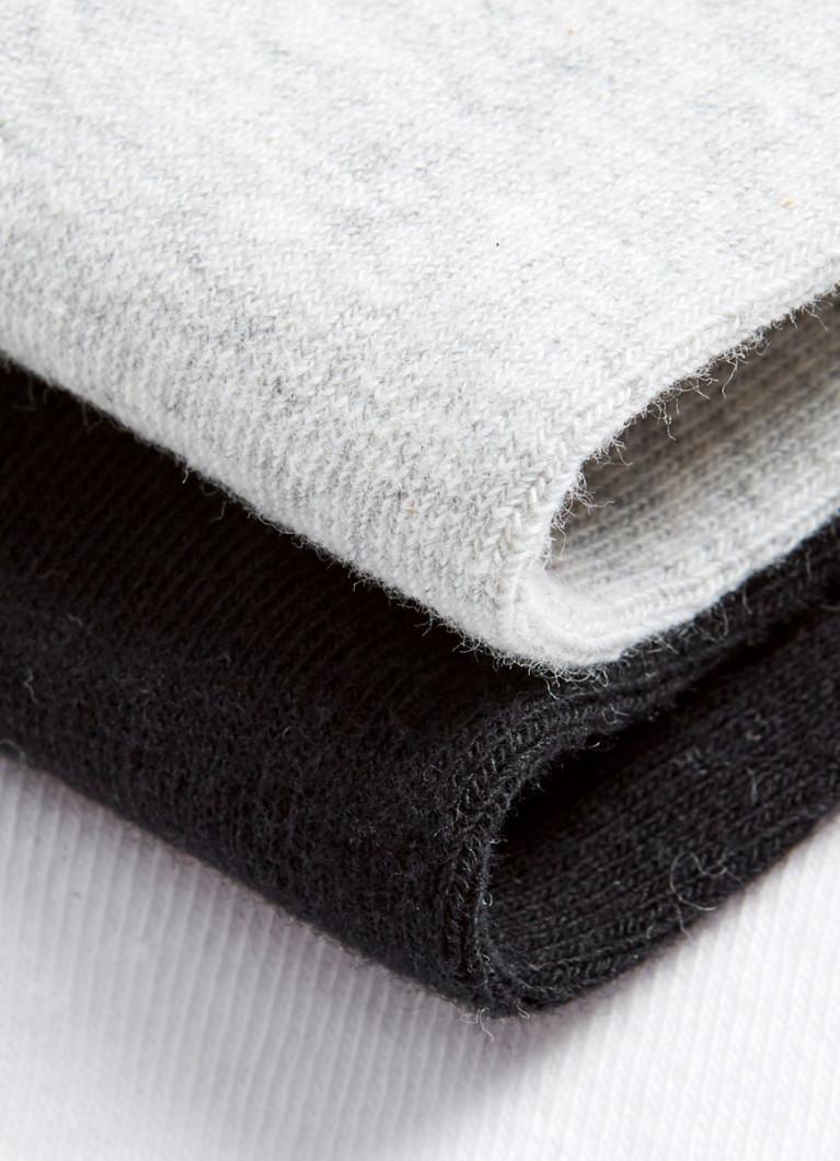 Носки с вышивкой «роза»