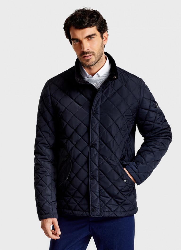 Стёганая куртка с воротником-стойкой
