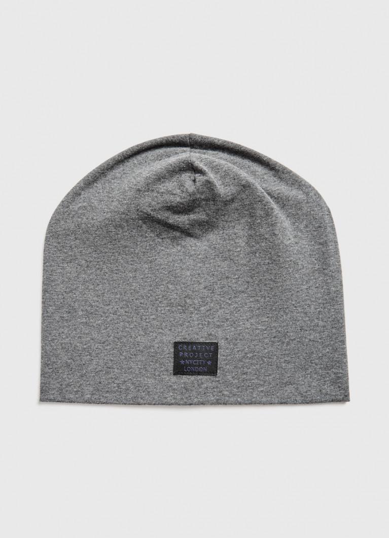 Трикотажная шапка с патчем