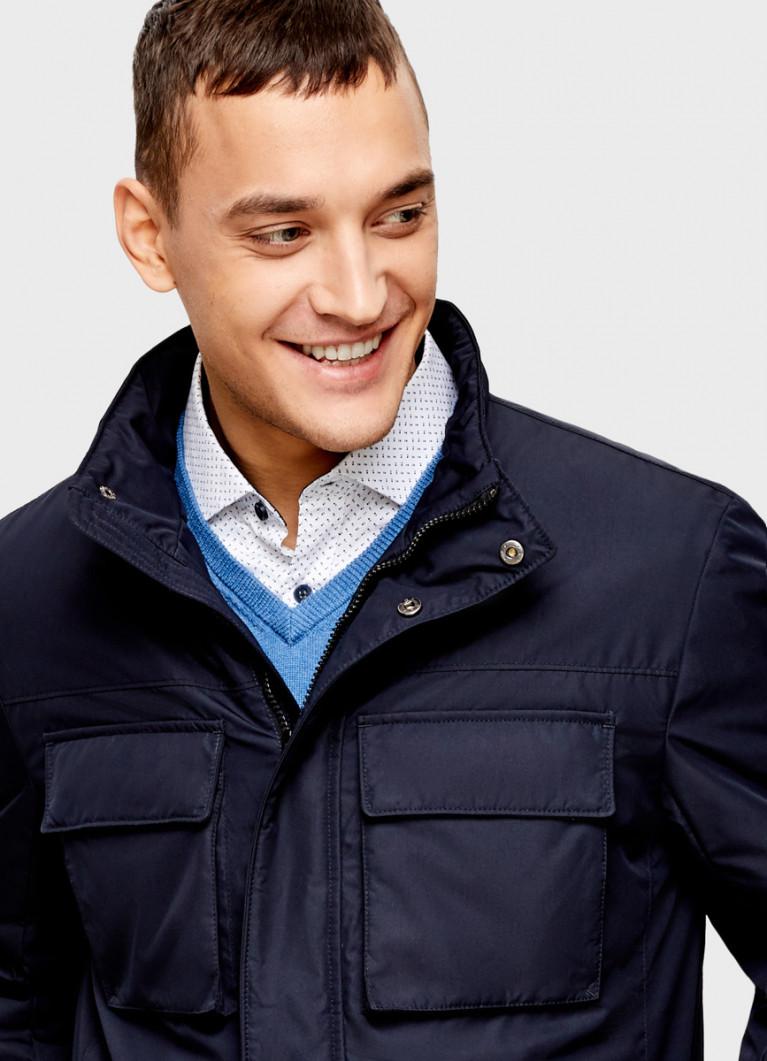 Утеплённая куртка с воротником стойкой
