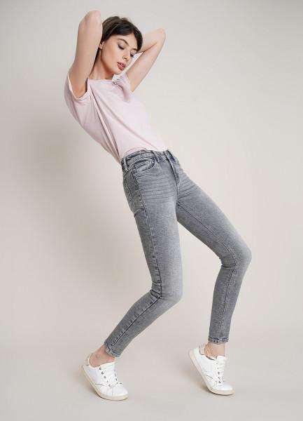 Суперузкие джинсы