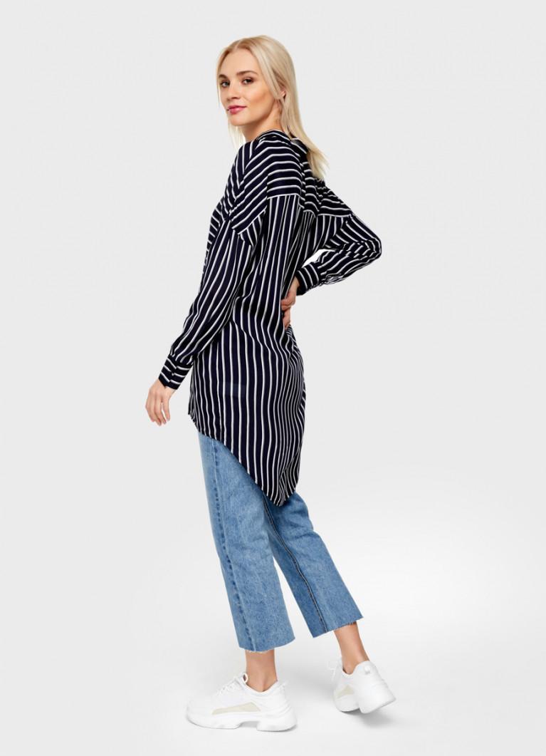 Удлинённая блузка из вискозы