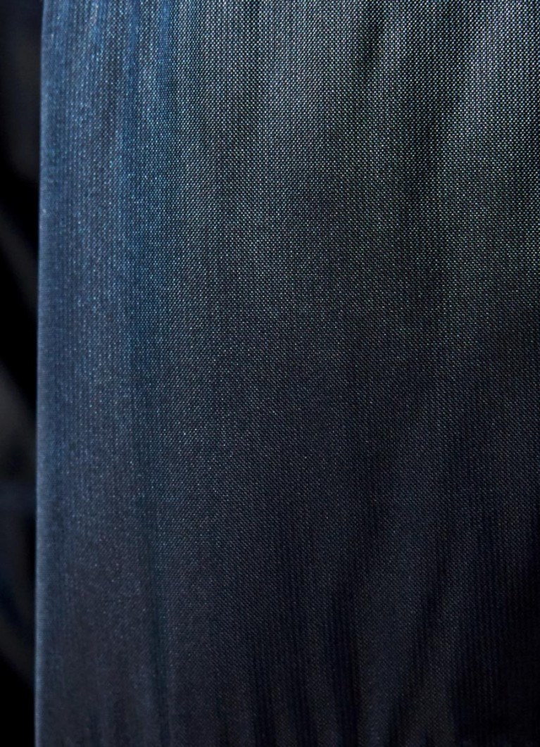 Ультралёгкая куртка с капюшоном