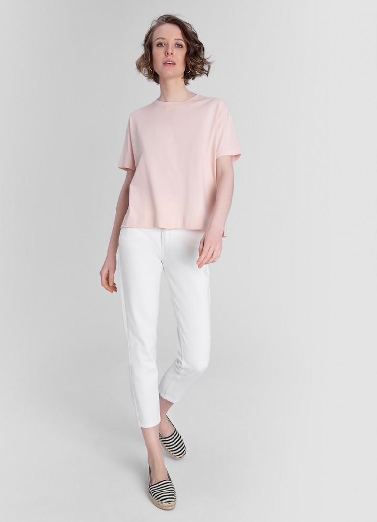 Белые Mom джинсы