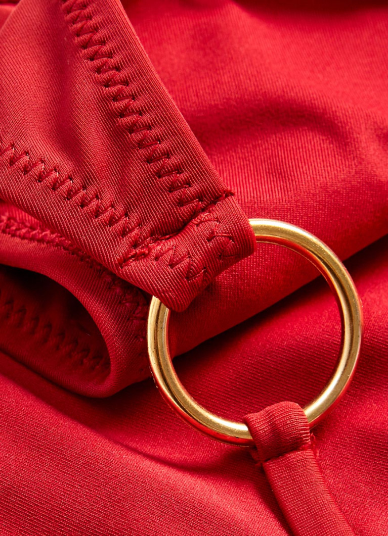 Плавки с завязками и кольцами
