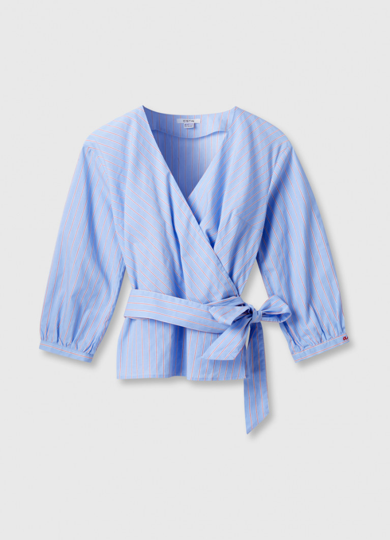 Блузка с поясом