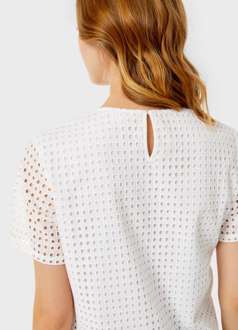 Блузка из хлопкового кружева