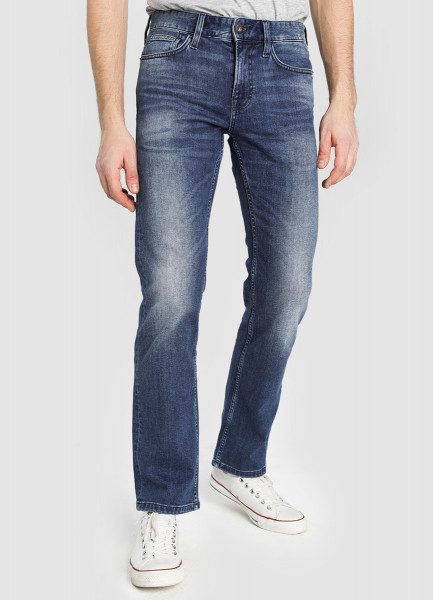 Прямые джинсы фото