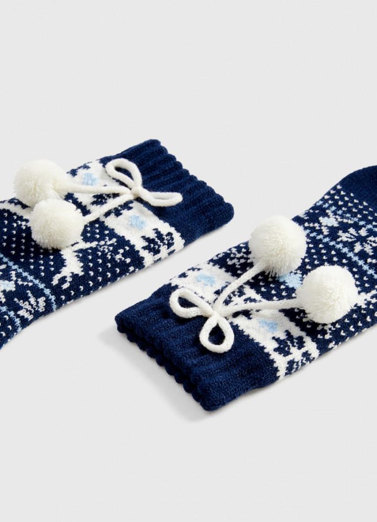 Носки с жаккардом и помпонами