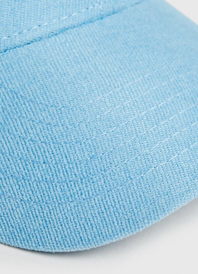 Кепка с вышивкой