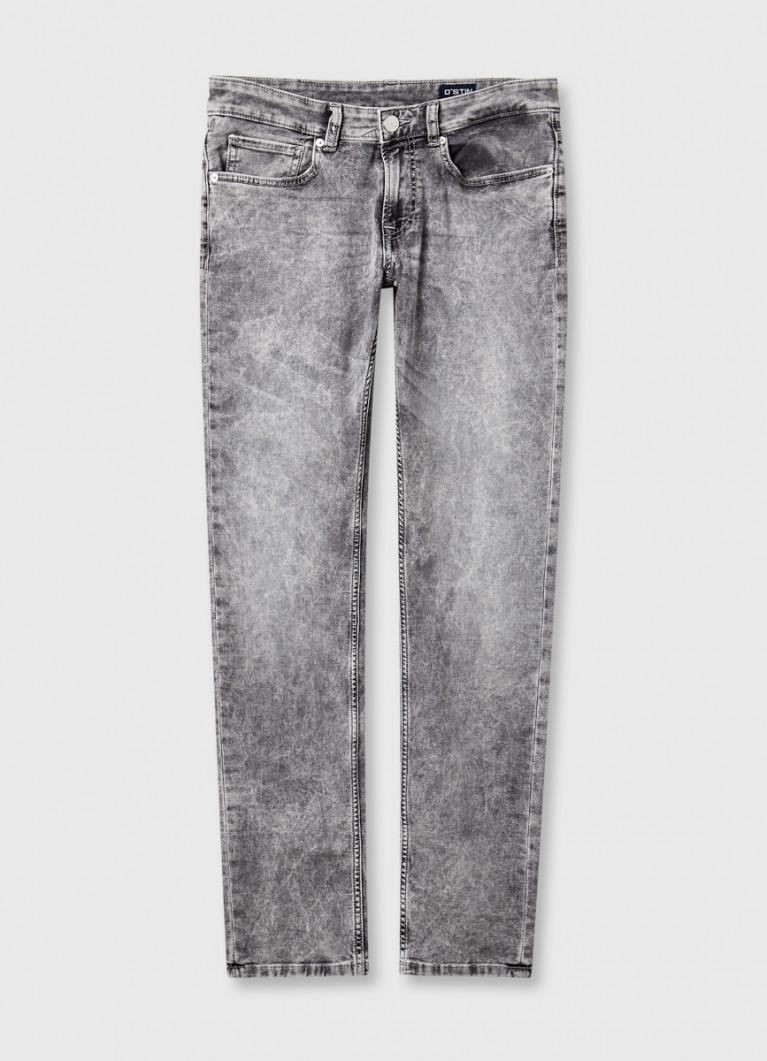 Комфортные узкие джинсы