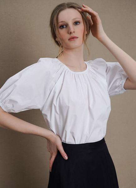 Хлопковая блузка с объёмными рукавами