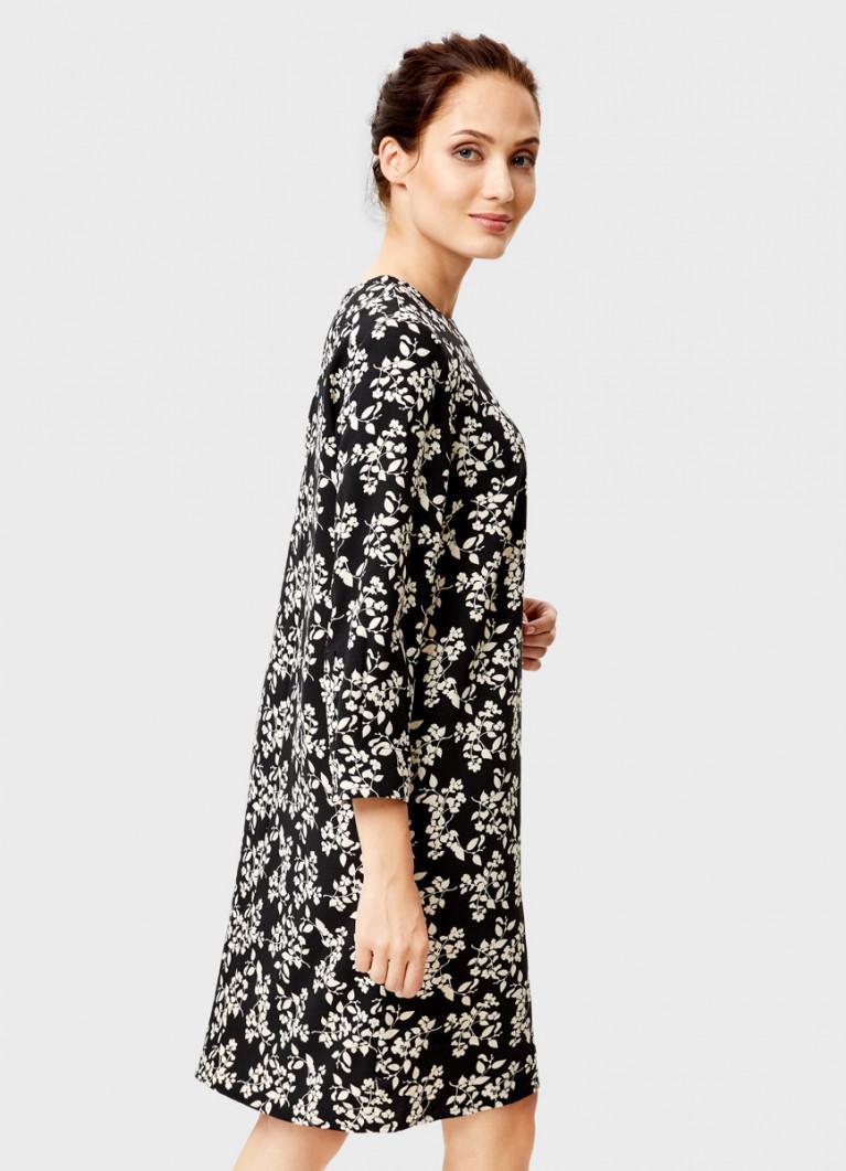 Платье из плотного крепа