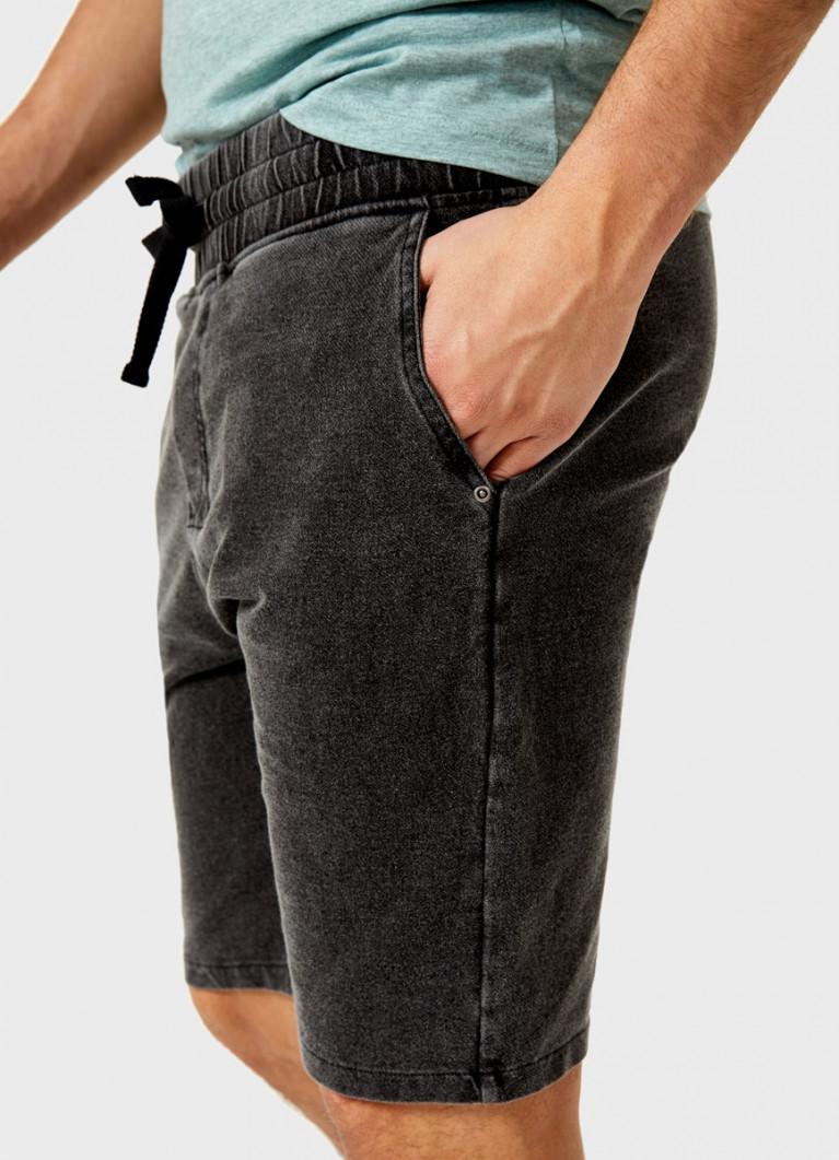 Трикотажные шорты со стиркой