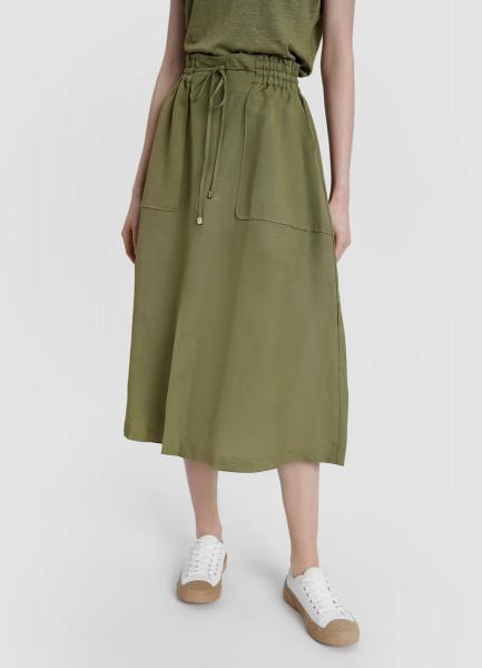 Льняная юбка с накладными карманами и разрезом