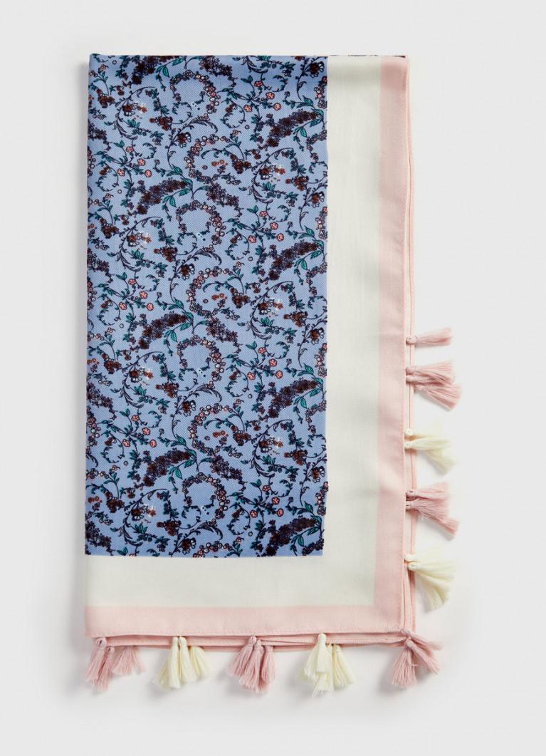 Платок с принтом и кисточками