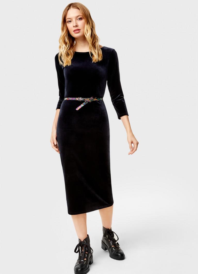 Бархатное платье с поясом