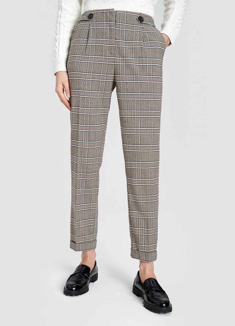 Прямые клетчатые брюки с подворотами