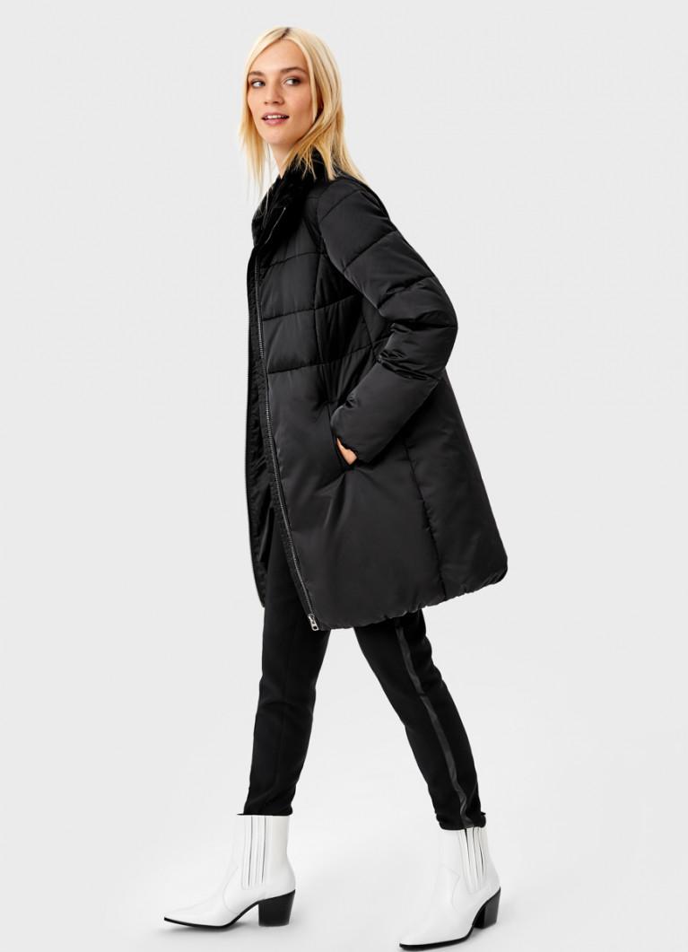 Куртка с воротником-стойкой