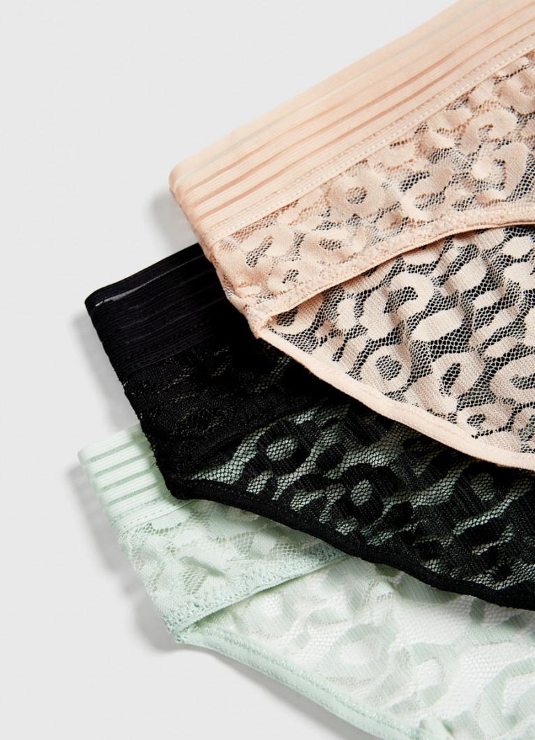Кружевные брифы с широкой резинкой