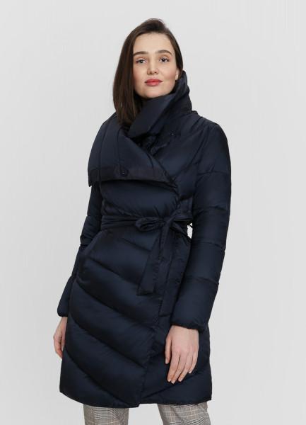 Лёгкое утеплённое пальто на поясе