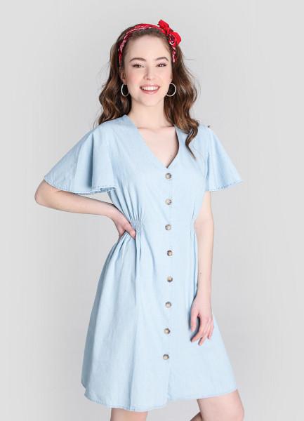 Платье из лёгкого денима с фронтальной застёжкой