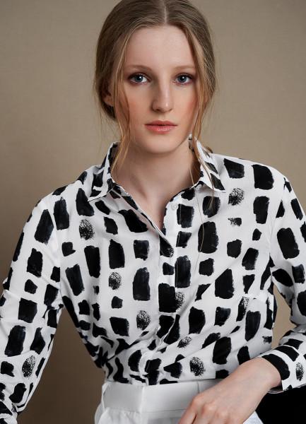 Принтованная блузка из хлопка-вуаль