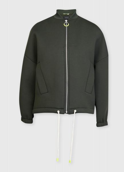 Короткая куртка из неопрена